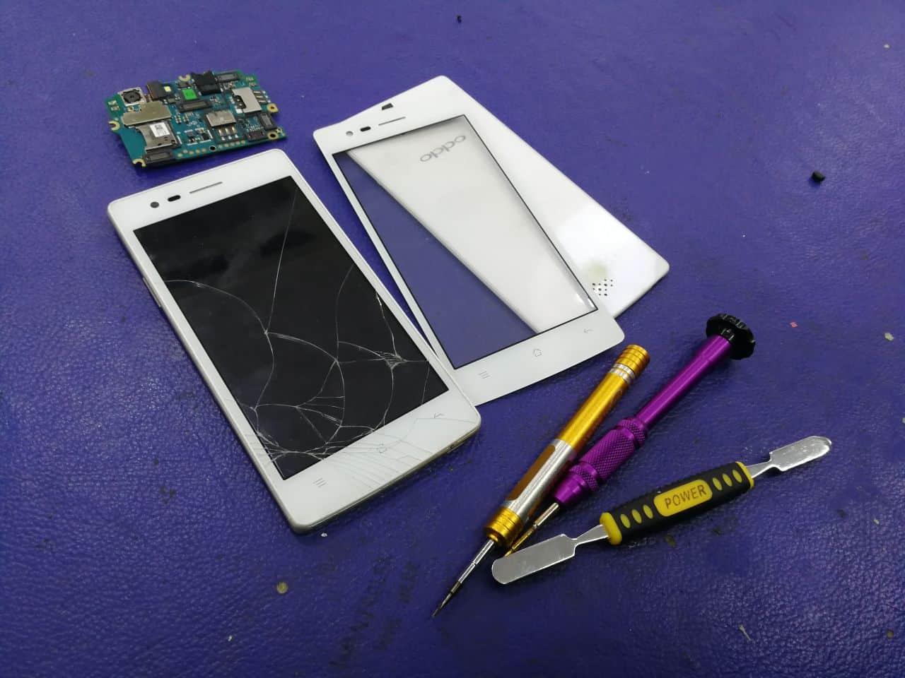 Kerosakan yang Mungkin Terjadi Apabila Telefon Pintar Terjatuh