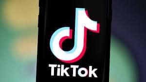 Amerika Syarikat melarang WeChat dan TikTok dari Google Play Store dan Apple App Store